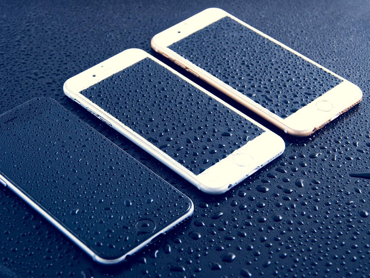 téléphone portable tombé dans l'eau